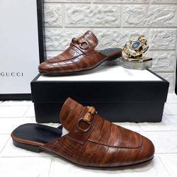 GUCCI HIGH QUALITY LUXURY MEN'S HALF  SHOE (AVAILAIBLE IN ALL SIZES) 316