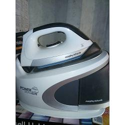 Morphy Richards Exquisite Pressurised Steam-Generator Iron -- 2 Ltrs Morphy Richards Power Steam Multi-Colour